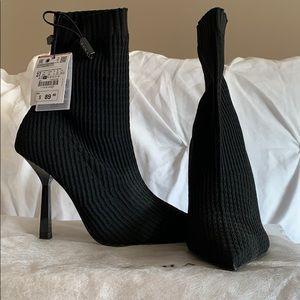 Zara elastic heel bootie